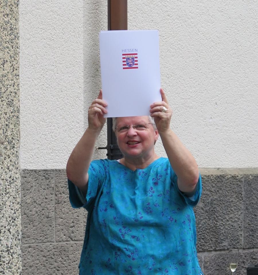 Liebe Heide Kausch du gehst in Ruhestand und wir sagen dir auf Wiedersehen