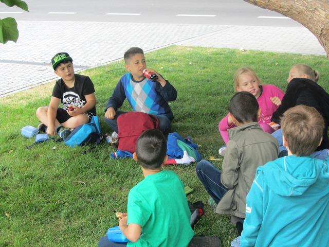 """Die Klasse 1a im """"Grünen Klassenzimmer"""" - Besuch auf der Landesgartenschau"""