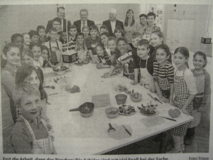 Wir waren in der Zeitung: Kleine Köche zaubern Leckeres auf den Tisch