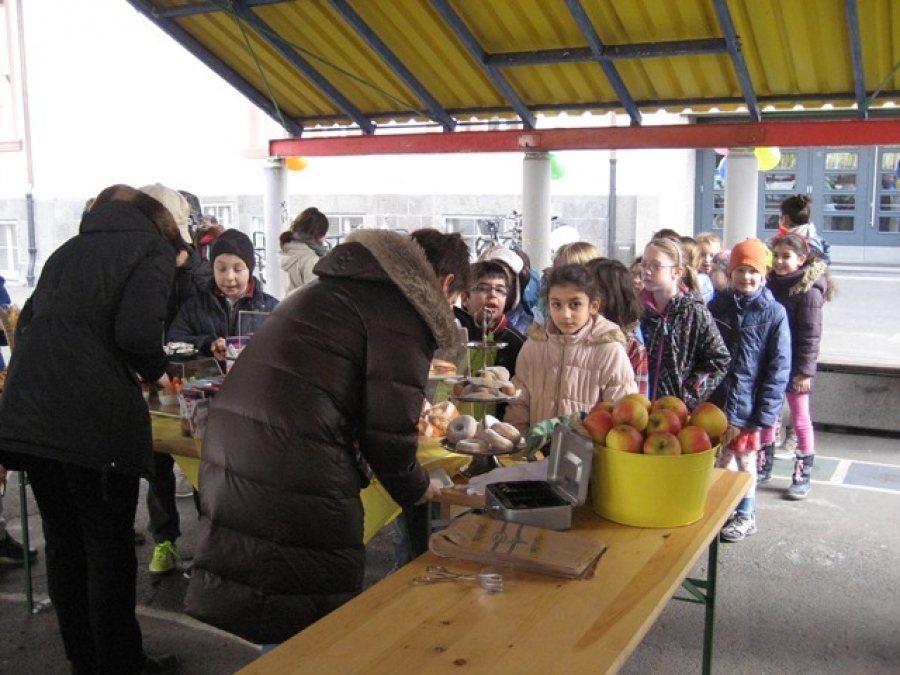 Schul - Kiosk auf dem Pausenhof unserer Schule